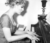 Julie Newmar (ca. 1959)